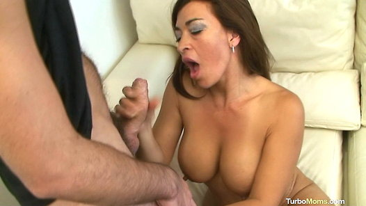 Spanish mom amateur tube